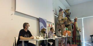 Xavier Racero, Núria Clarella, Joan Carles Batanés i Carme Cruz en roda de premsa.