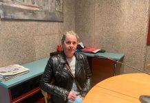 Susana Canal a l'estudi de Ràdio Sant Fruitós.